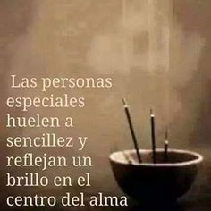 Amen y amen y amen! Que linda son las gente sencilla! Words Quotes, Wise Words, Me Quotes, Wise Sayings, Poetry Quotes, Famous Quotes, Great Quotes, Inspirational Quotes, Motivational Lines
