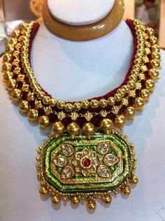 You searched for Gold kundan choker ~ Page 4 of 5 ~ South India Jewels Antique Jewellery Designs, Indian Jewellery Design, Antique Jewelry, Jewelry Design, Gold Jewellery, Antic Jewellery, Latest Jewellery, India Jewelry, Jewelry