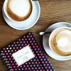 Dzień dobry, kawka z rana:) Ramen, Latte, Relax, Tableware, Instagram Posts, Food, Dinnerware, Tablewares, Essen