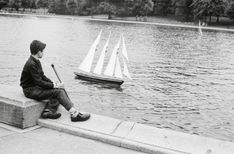 New York City, Manhattan, Central Park, Boat Pond 1950 Central Park, Manhattan, Pond, New York City, Boats, Sailing, Candle, Water Pond, New York