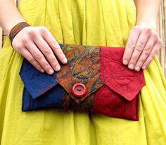 Eski Kravatlardan Yeni Tasarımlar ,  #eskigömlekvekravatlarındönüşümü #kravattançanta #kravattanyakayapımı #kravattanyelek , Elinizde bolca kravat varsa. Ne yapsam atsam mı acaba diye düşünüyorsanız . Atmayın. Sizlere fikir verecek çok güzel çalışmalar hazırlad�...