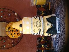 Bumble Bee Cake for Bee Baby Shower
