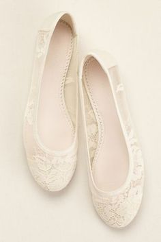 Delicate lace adds a romantic touch to this Melissa Sweet ballet flat!  Ballet flat features feminine sheer lace and mesh.  Fully Lined.  Synthetic sole.  Imported.