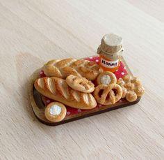 Handmade dollhouse miniature 1:12 scale