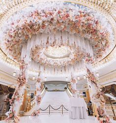 Top 10 Luxury Wedding Venues to Hold a 5 Star Wedding - Love It All Wedding Goals, Wedding Themes, Wedding Events, Wedding Decorations, Wedding Ideas, Weddings, Aisle Decorations, Wedding Favors, Wedding Photos