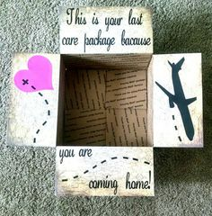 "Items op Etsy die op Care package box kit ""You are coming home!"" lijken"