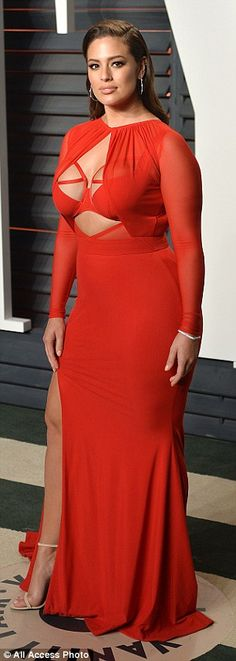 Ashley Graham rocks bondage-inspired gown at Vanity Fair Oscars 2016 bash   Daily Mail Online