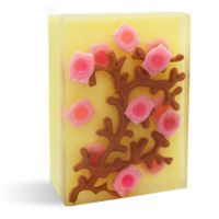 DIY Japanese Cherry Blossom Soap Making Kit: beautiful handmade melt and pour soap. The convenient kit makes it so easy to make for yourself!