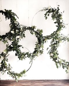 Greenery wreath #wedding #decoration #styling #greenery