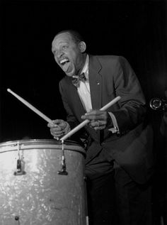Lionel Hampton, an Alabama guy :) Jazz Artists, Jazz Musicians, Bobby Hutcherson, Perry Como, Thelonious Monk, Classic Jazz, Vintage Drums, Recorder Music, Rock Of Ages