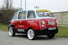 LienhardRacing 11 ‏ @LienhardRacing Good morning  everyone & a very happy  #FiatFriday to you all!  #Fiat 1959 Multipla #Abarth