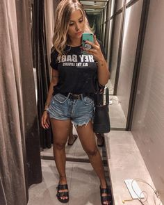 15 looks para quem ama t-shirt - Guita Moda Cute Summer Outfits, Short Outfits, Spring Outfits, Trendy Outfits, Cute Outfits, Summer Shorts, Fashion Show Dresses, Fashion Outfits, Fashion Shoes