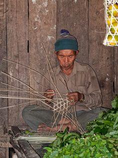Basket maker Arunachal Pradesh