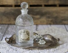 Vintage French Guerlain Glass Perfume Bottle - Bee Imperiale Design Bottle - Paris - circa 1930's #french #perfume #vintage #bottle #paris #guerlain Antique Bottles, Vintage Perfume Bottles, Paris Flea Markets, French Decor, Smell Good, French Vintage, Body, Fragrance, Glass