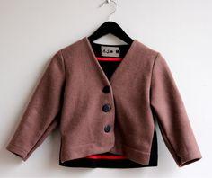 Veronika's brown woolen jacket