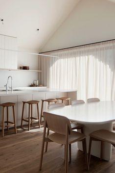 COCO LAPINE DESIGN -COCO LAPINE DESIGN Home Interior, Interior Architecture, Interior Design, Classic Interior, Kitchen Interior, Deco Addict, Minimal Home, Kitchen Trends, Kitchen Designs