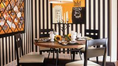 Charming Dining Room Designs With Striped Walls