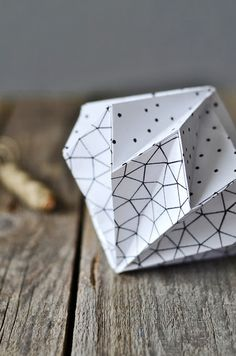 Origami paper diamonds with link to directions.