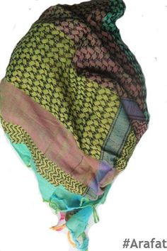 Bahia Scarves, Winter Hats, Fashion, Bahia, Scarfs, Moda, Tie Head Scarves, Fashion Styles, Fashion Illustrations