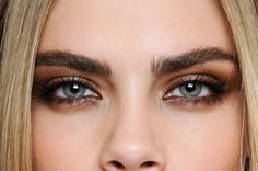 Cara Delevingne. Loving her make-up.