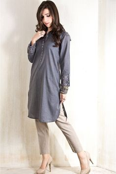23 Simple And Stylish Casual Outfits, You can collect images you discovered organize them, add your own ideas to your collections and share with other people. Pakistani Casual Wear, Simple Pakistani Dresses, Pakistani Dress Design, Pakistani Outfits, Stylish Dress Designs, Stylish Dresses, Casual Dresses, Casual Outfits, Fashion Outfits
