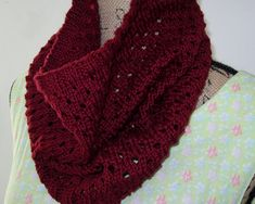 Ravelry: OH...a Cowl pattern by Beely's Knits