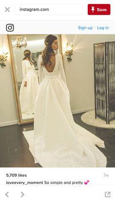 Beba's Closet gown. ❤