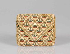 Silk and linen pocket book (or pocket case, letter case, envelope purse), American c1790-1810. Metropolitan Museum of Art