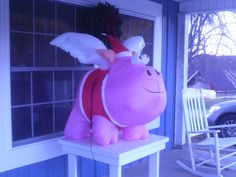 Santa Pig when Pigs Fly outside of Motley's BBQ in Piney Creek NC - #GFBBQ done right!