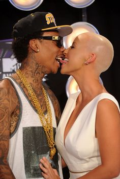 Amber Rose Wiz Khalifa Photos - Rapper Wiz Khalifa and model Amber Rose arrive at the 2011 MTV Video Music Awards at Nokia Theatre L. Wiz Khalifa, Amber Rose, Mtv Video Music Award, Music Awards, Celebrity Couples, Celebrity Gossip, Celebrity News, Dorothy Rose, Best Testosterone