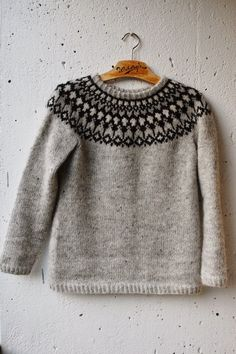 Adapted from cardigan - with link to free pattern Sweater Knitting Patterns, Knitting Charts, Knit Patterns, Hand Knitting, Nordic Sweater, Icelandic Sweaters, Fair Isle Knitting, Sweater Design, Sweater Weather