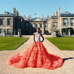 Naomie Harris wears Giambattista Valli Haute Couture 9 @townandcountrymag 's winter issue.