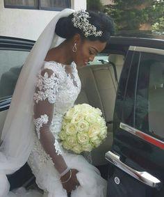 ♡More of beautiful natural bride Geraldine. Bouquet by @adelas_haven. #africansweetheartweddings #bride #bouquet