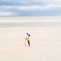 [ Nous ] 💛💛💛    #couples  #photographeeurope #couplephotographer #normandywedding #love #photographe #wedding #holidays #vacances #travelcouple #travel #plage #instatravel #sable #belove #amoureux #travelgoals #amour #engagementphoto #fineartphotographer #fineartphotography #engagement #bridetobe #bridetobe2018 #bridetobe2019 #weddinginfrance #instalove #empara