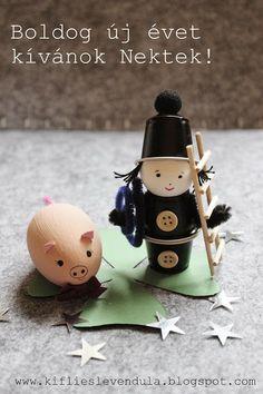 Kifli és levendula: Boldog új évet! K Cup Crafts, Diy And Crafts, Crafts For Kids, Silvester Diy, Altered Tins, Little Pigs, Recycled Crafts, Creative Kids, Happy New Year