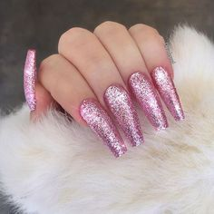 24 Stunning Glitter Nail Art Designs That You Will Love to Try; glitter coffin n. Pink Glitter Nails, Pink Acrylic Nails, Acrylic Nail Art, Glitter Art, Coffin Nails Glitter, Pink Coffin, Acrylic Colors, Pink Stiletto Nails, Glitter Outfit