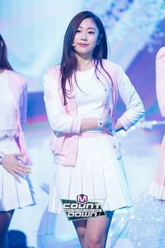 Pretty in pink Jisoo ❤