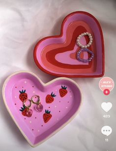 Diy Clay, Clay Crafts, Diy And Crafts, Arts And Crafts, Ceramic Pottery, Pottery Art, Ceramic Art, Keramik Design, Clay Art Projects