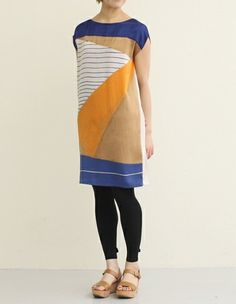bloc panel dress. Fun! I need something with a little more shape, but I like it!