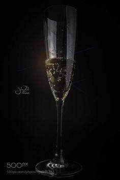 Champagne by juliozavala