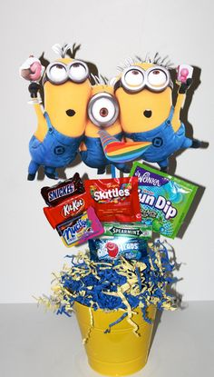 Despicable Me Minions Birthday Party by akidswonderland on Etsy Minion Party Theme, Despicable Me Party, Minion Birthday, Boy Birthday, Party Themes, Birthday Ideas, Minion Centerpieces, Birthday Party Centerpieces, 4th Birthday Parties