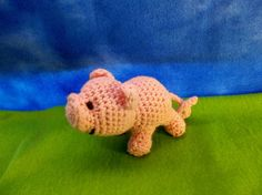 Lucky Lil' Piglet Designed by Dusti Rose Hendricks Sheep Of Delight Crochet Happy New Year, everybody!   I'm praying for a year o...