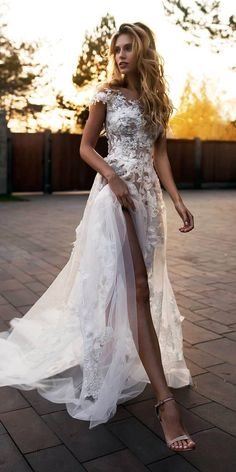 30 Unique Lace Wedding Dresses That Wow ❤️ unique lace wedding dresses off the shoulder with-floral appliques slit beach florence dresses ❤️ Full gallery: https://weddingdressesguide.com/unique-lace-wedding-dresses/ #bride #wedding #bridalgown