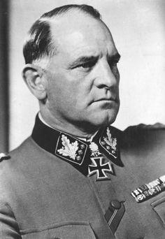 """✠ Josef """"Sepp"""" Dietrich (28 May 1892 – 21 April 1966) RK 04.07.1940 SS-Obergruppenführer und General der W-SS Kdr SS-Inf.Rgt (mot) """"LSSAH"""" [41. EL] 31.12.1941 SS-Obergruppenführer und General der W-SS Kdr SS-Div (mot) """"LSSAH"""" [26. Sw] 14.03.1943 SS-Obergruppenführer und General der W-SS Kdr SS-Pz.Gren.Div """"LSSAH"""" 06.08.1944 [16. Br] SS-Oberstgruppenführer und Generaloberst der Waffen-SS K.G. I. SS-Pz.Korps """"LSSAH"""":"""