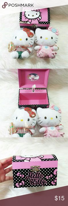 Adorable Hello Kitty Bundle 3 items! This Hello Kitty bundle includes a Hello kitty musical/jewelry box & 2 Hello kitty beanie. All 3 items are in mint condition and perfect for any hello kitty fan. Hello Kitty Other