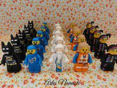 """Bonecos Lego Movie - """"Uma aventura Lego"""", modelados em biscuit"""