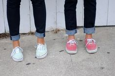 vans + rolled up jeans