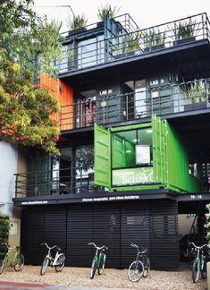 Arquitectura. Contenedores. material reciclable. arquitectura sostenible.