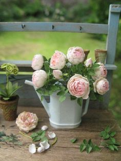Rose Pierre de Ronsard Kit by Pascale Garnier - $33.00 : Swan House Miniatures DIY, For dollhouse miniature building and finishing