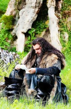 Thorin reading our love notes